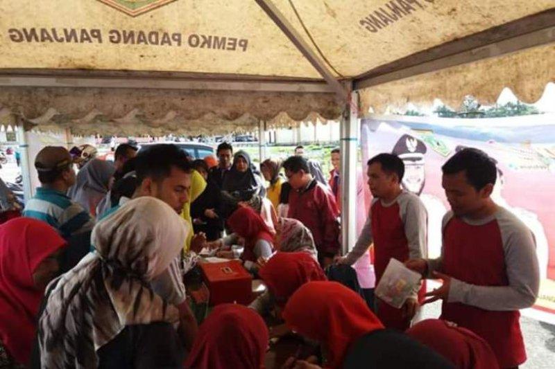 Padang Panjang sediakan sembako murah bagi warga yang bayar PBB-P2