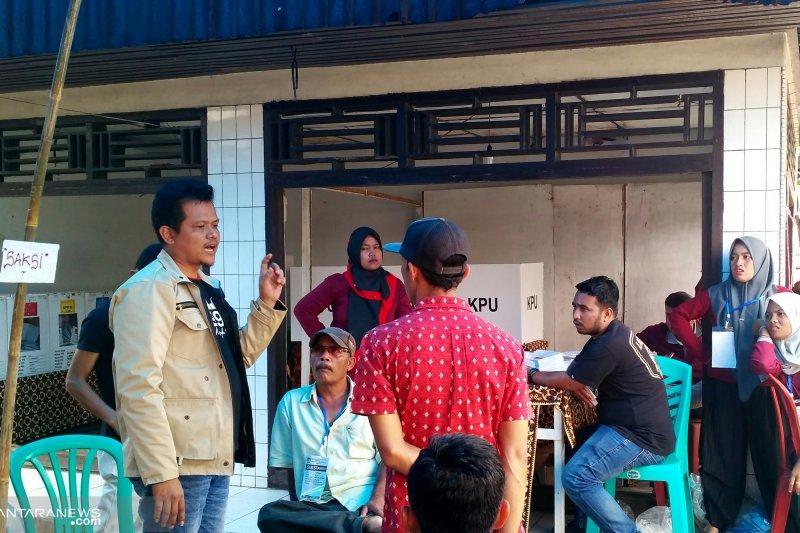 """Pemilihan ulang di Sangir Solok Selatan  diwarnai """"adu mulut"""""""