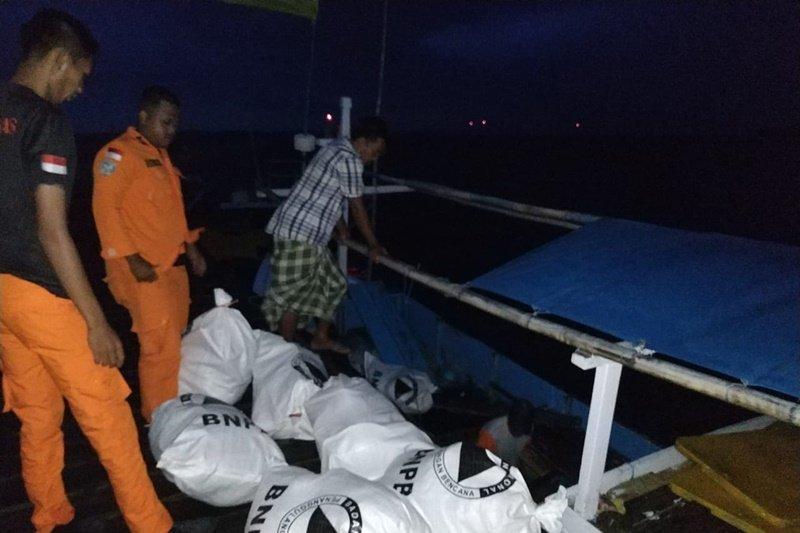 BPBD Kotabaru distribusikan bantuan logistik ke Pulau Matasiri