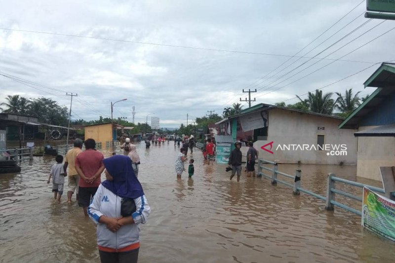 13 ribu jiwa terdampak banjir di Bengkulu