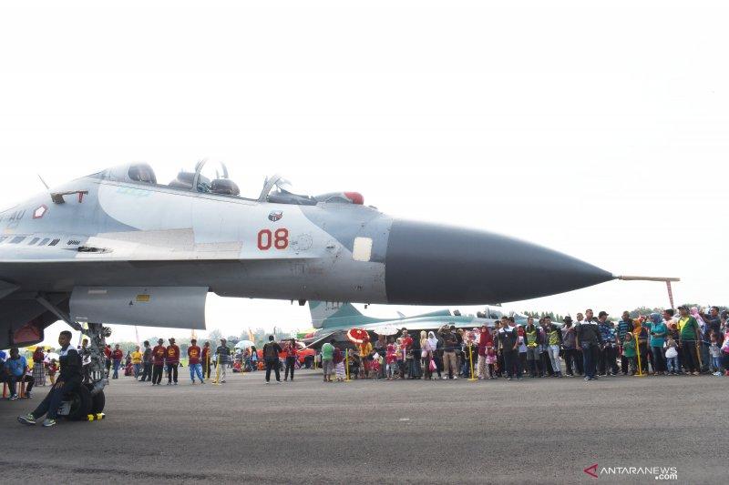 Pameran pesawat tempur TNI-AU