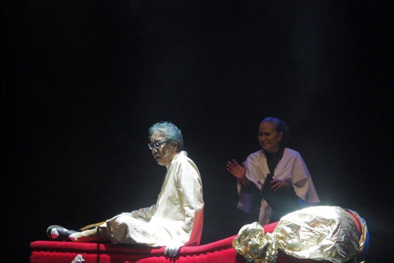 Para Pensiunan: 2049, pesan horor Teater Gandrik untuk koruptor