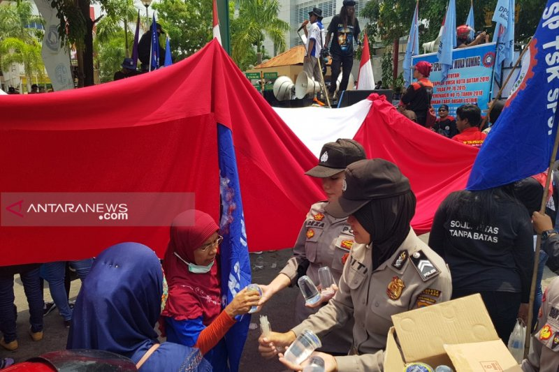 May Day di Kepri kondusif