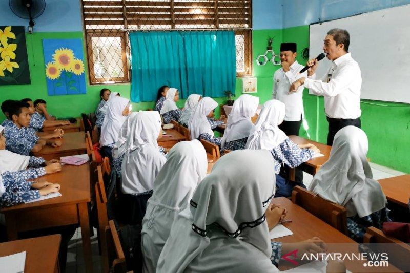 Wali Kota Bogor 'cekoki' siswa SD dan SMP pendidikan antikorupsi
