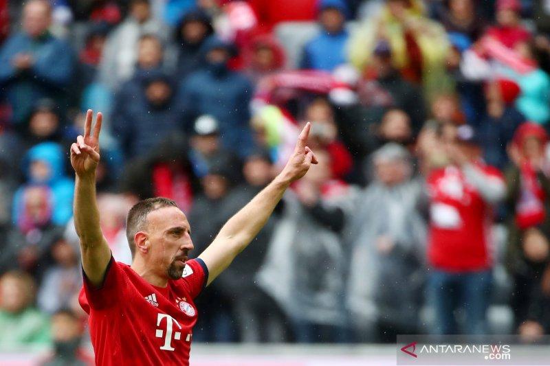 Franck Ribery tinggalkan Bayern Munchen