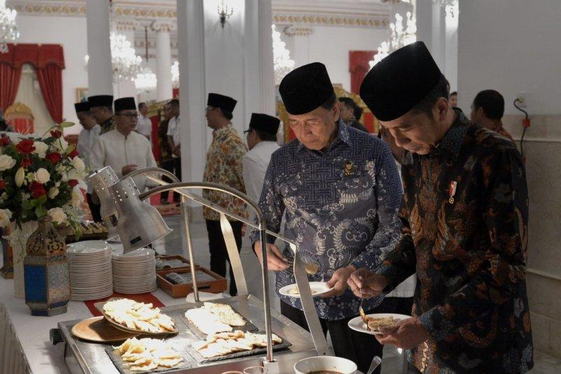 Tempe mendoan jadi menu buka puasa  di Istana