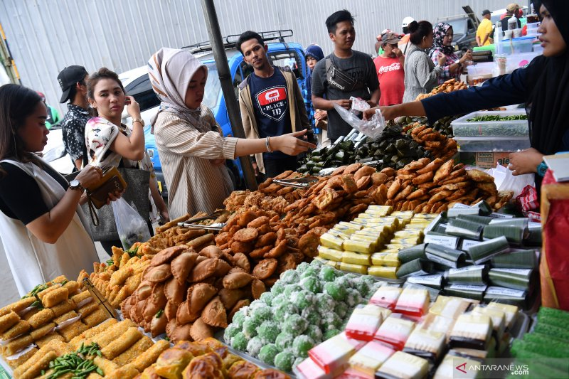 YLK Sumsel imbau waspadai jajanan pasar bedug Ramadhan