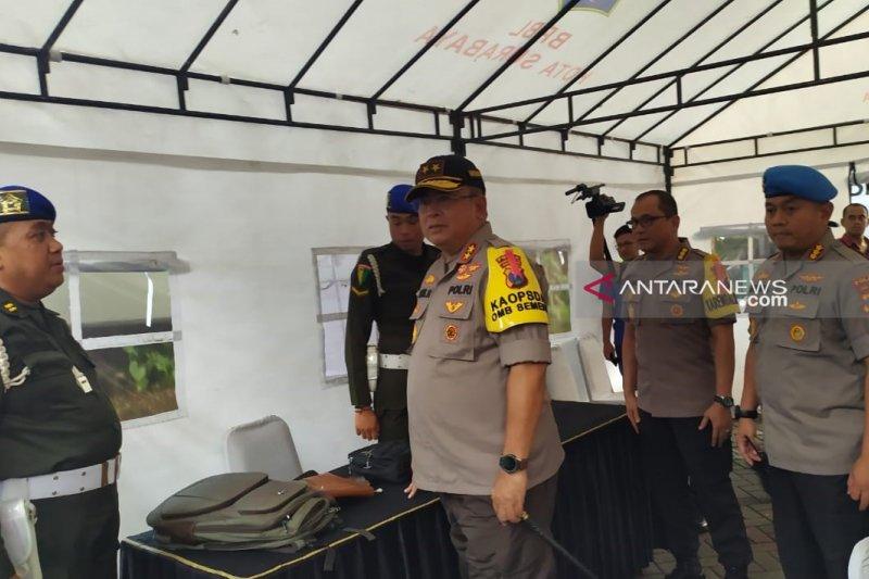 Kapolda Jatim pantau pengamanan rekapitulasi suara tingkat provinsi