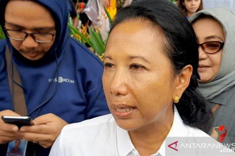 Menteri BUMN: Kami akan ikuti aturan Kemenhub, Terkait tiket pesawat