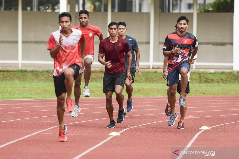 Tim estafet putra berhasil raih medali perunggu Asian Grand Prix