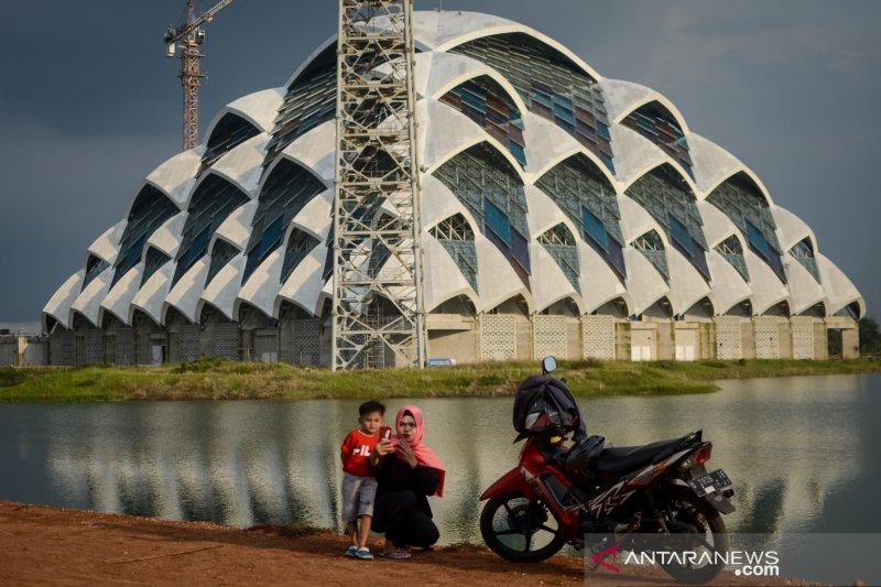 Pembangunan Masjid Raya Al Jabbar Jawa Barat tuntas 2020