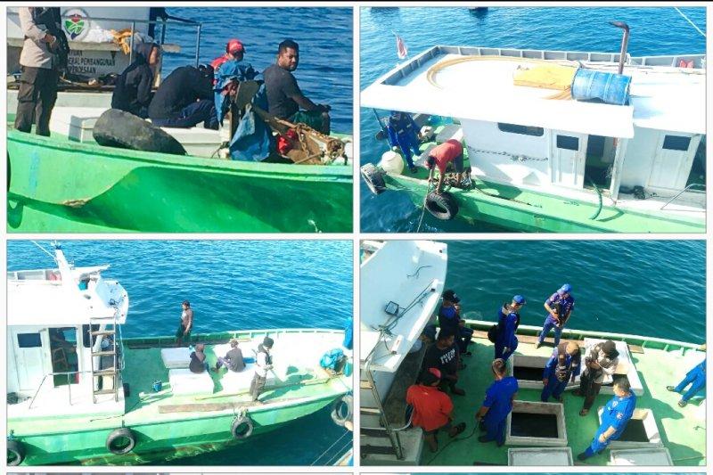 Polda Papua Barat amankan kapal pengangkut BBM ilegal