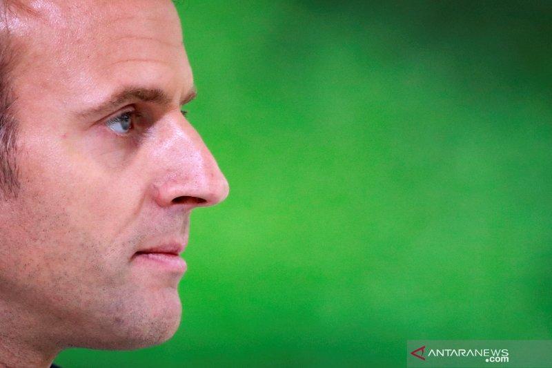 Macron: Dunia tak boleh