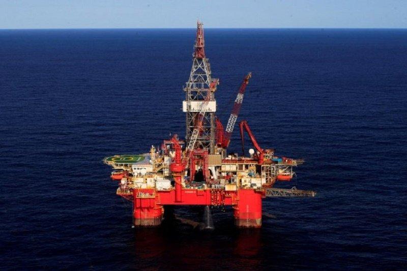 Harga minyak ditutup beragam ditengah meningkatnya risiko geopolitik