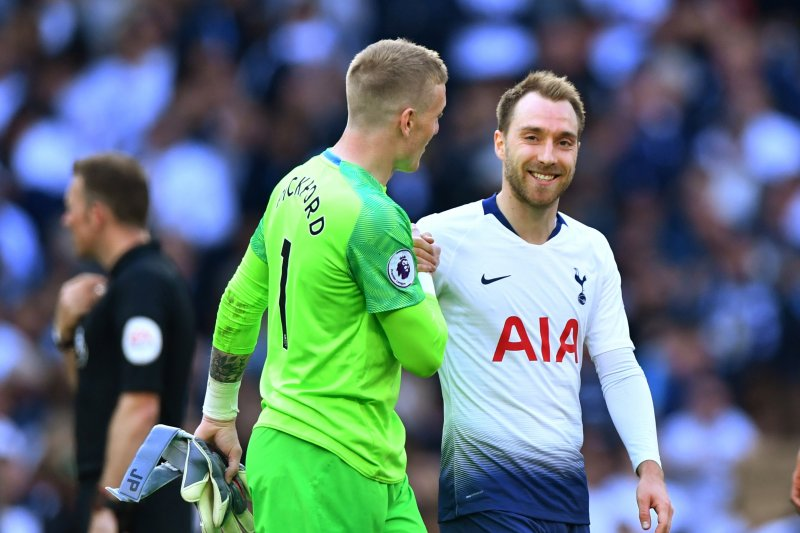 Spurs urutan keempat usai bermaim seri 2-2 lawan Everton