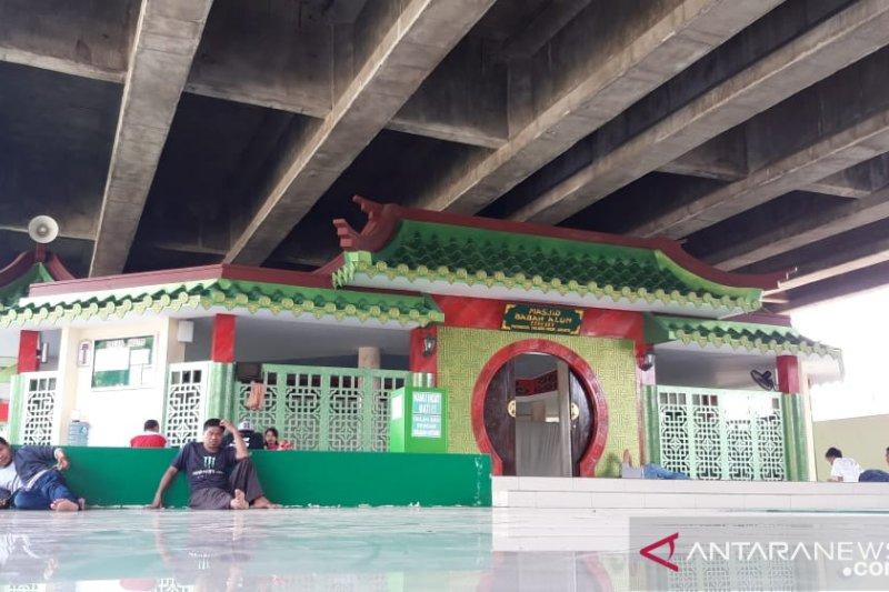 Tiga masjid unik di Jakarta yang menarik dikunjungi