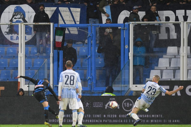 Mario Rui memastikan Napoli tekuk SPAL