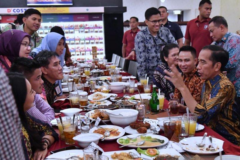 Jokowi ungkap jurus rahasia tak gampang sakit
