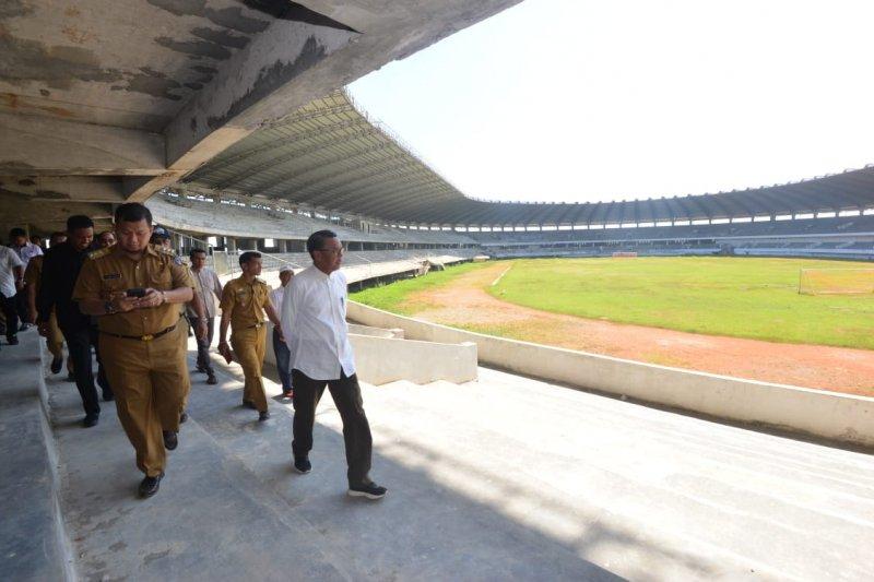 Gubernur Sulsel: Rampungkan Stadion Barombong  butuh Rp500 miliar