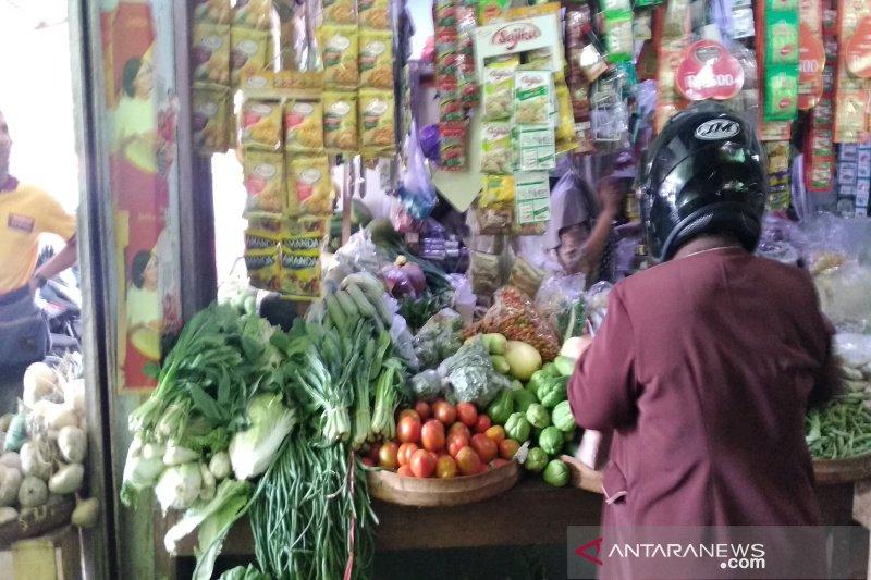 Harga bawang putih di Kulon Progi turun jadi Rp38.000