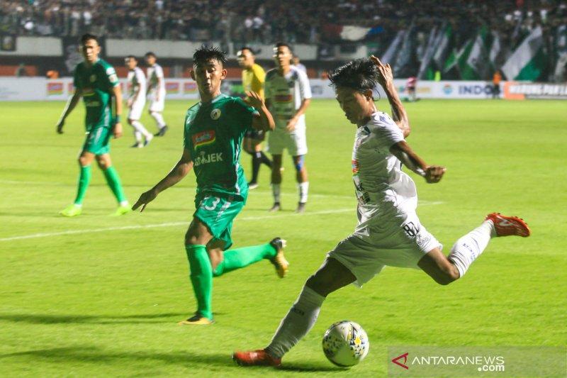 Laga pembuka Liga 1, PSS kalahkan Arema FC 3 -1