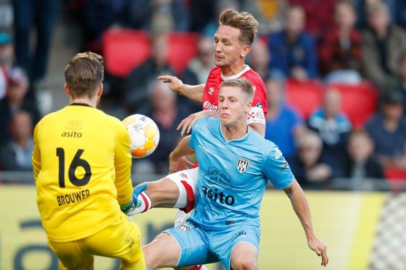 PSV di posisi kedua meski menangi laga terakhir