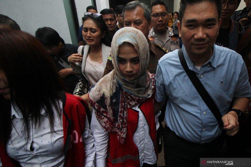 Vanessa Angel Laporkan Penyidik Polda Jawa Timur, Propam Turun Tangan