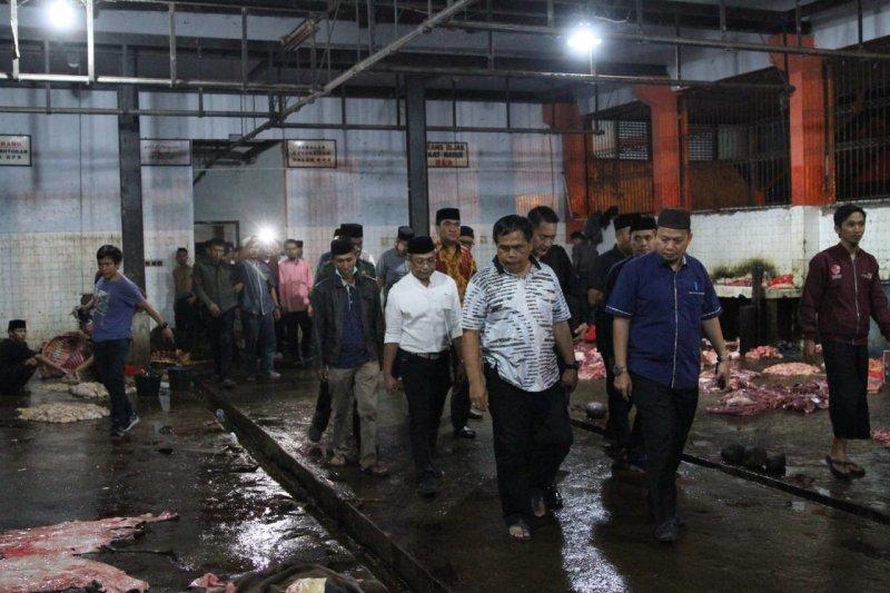 Pj Wali Kota Makassar  tinjau RPH Tamangapa