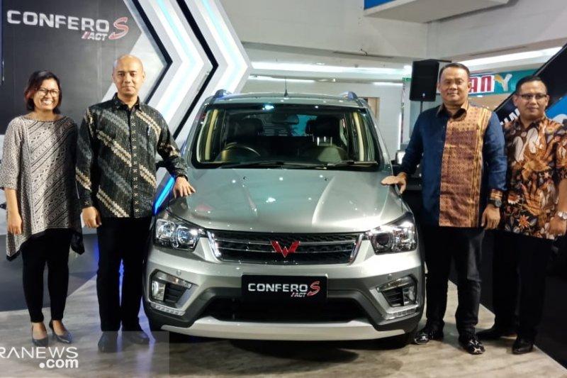 Wuling perkenalkan dua varian baru rebut pasar otomotif Palembang
