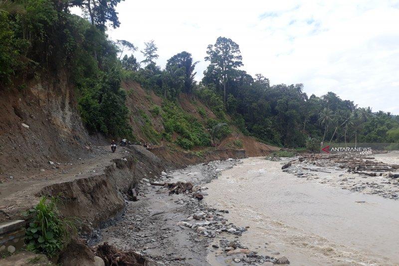 Kementerian PUPR harus segera perbaiki DAS cegah terputusnya jalan Palu-Kulawi