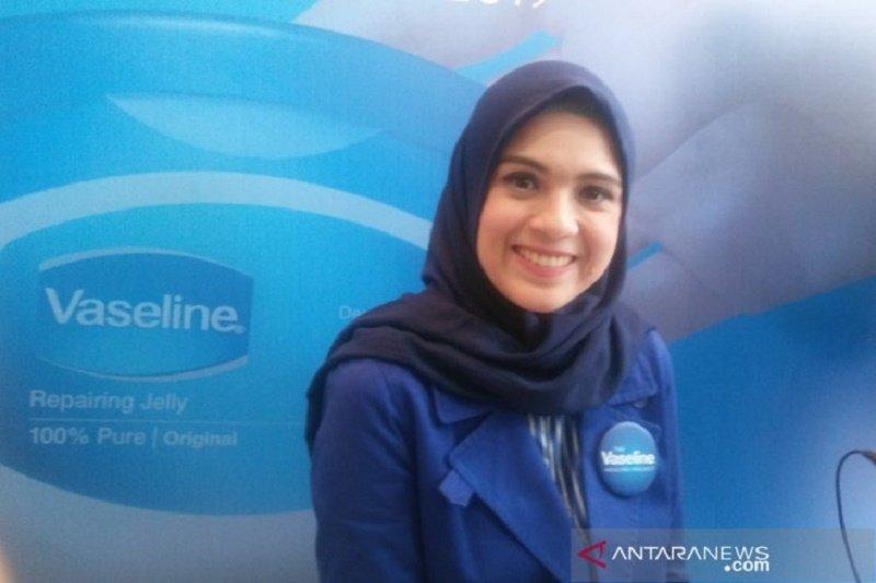 Kisah hijab Presenter Nycta Gina