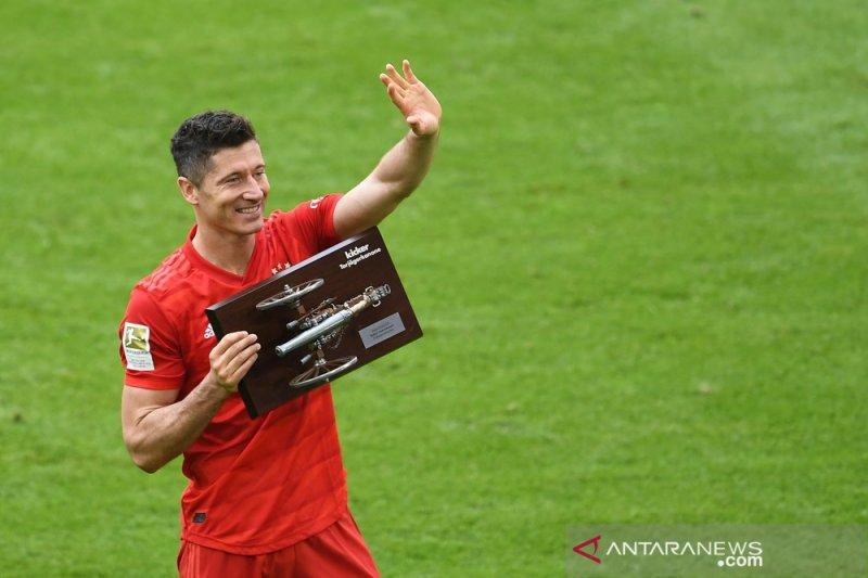 Lewandowski raih top skorer dua musim beruntun