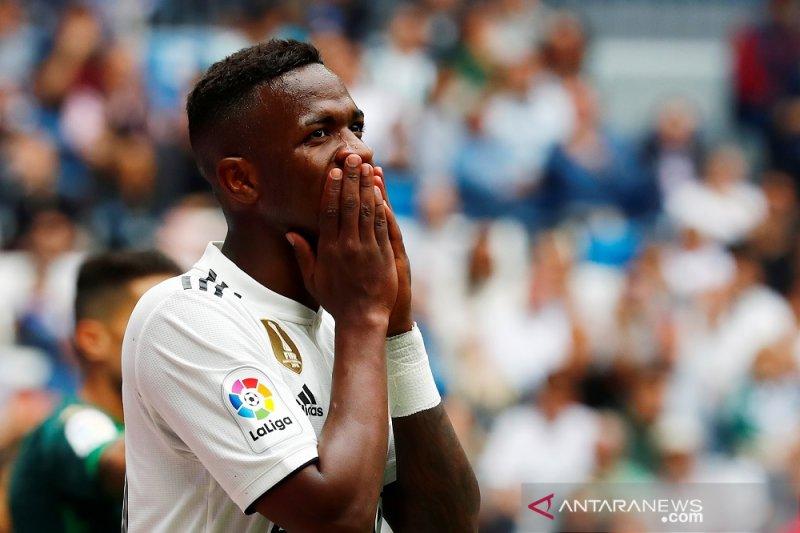 Madrid tutup musim dengan kekalahan