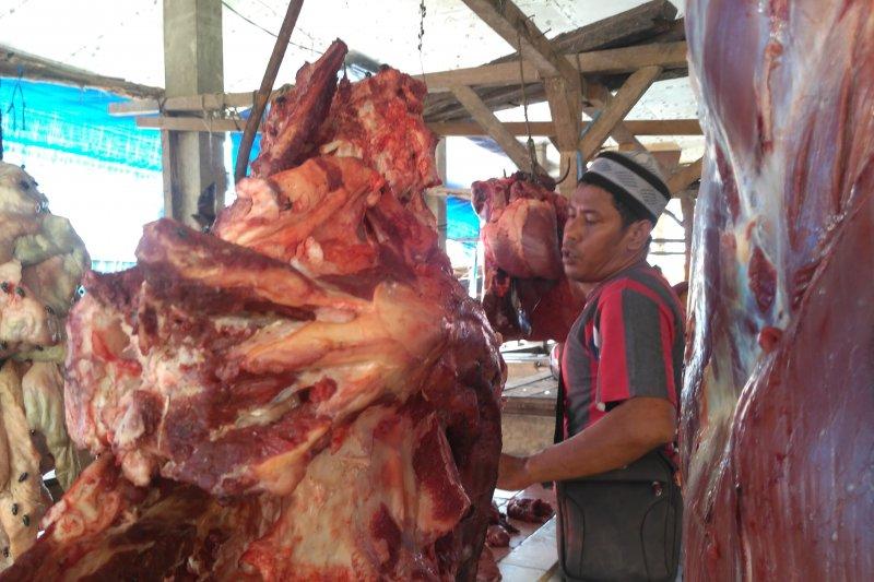 Pemotongan hewan di RPH jaga daging tetap