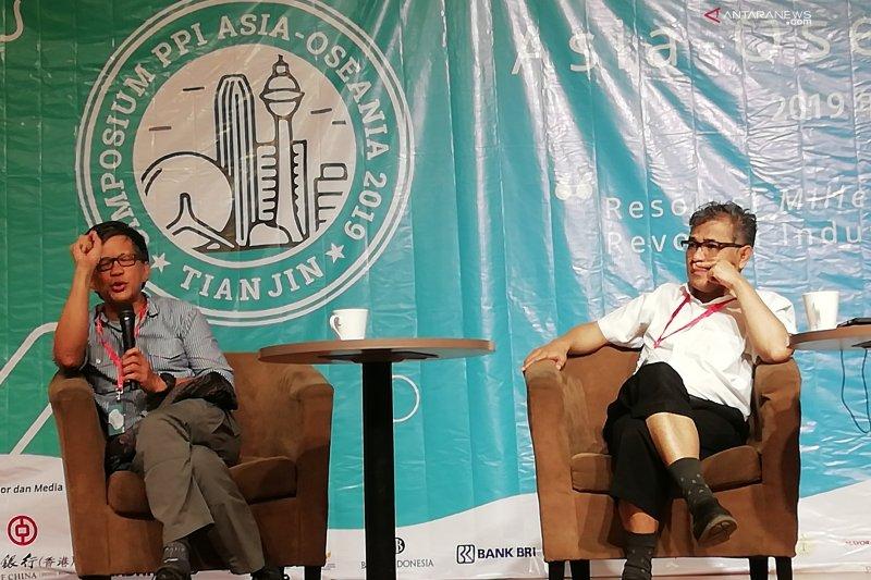 PPI pertemukan Budiman Sudjatmiko dan Rocky Gerung di China