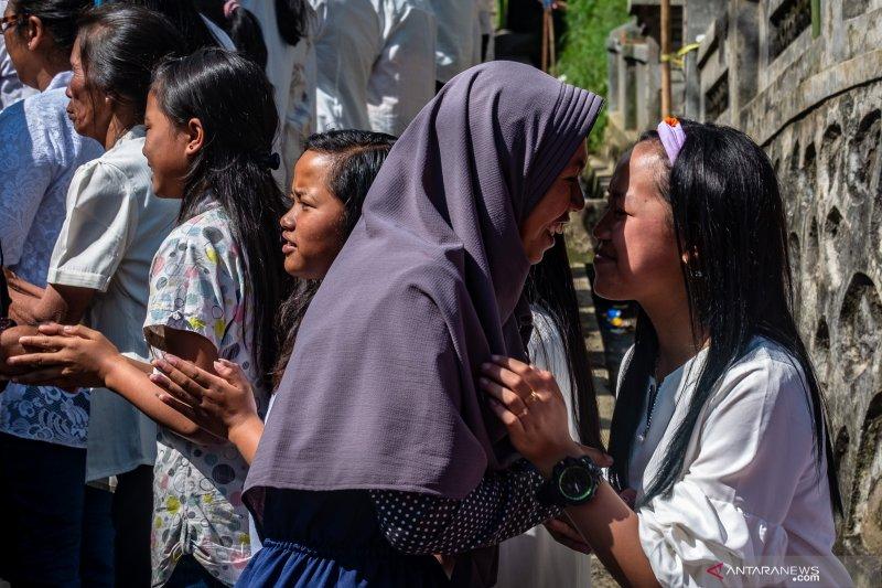 Kebersamaan umat dalam perayaan Hari Waisak