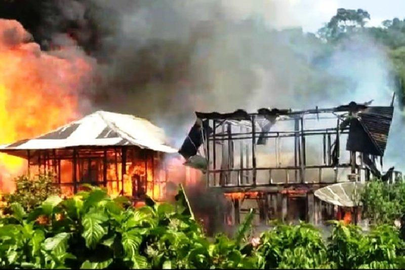 Empat rumah warga di Lampung Barat terbakar