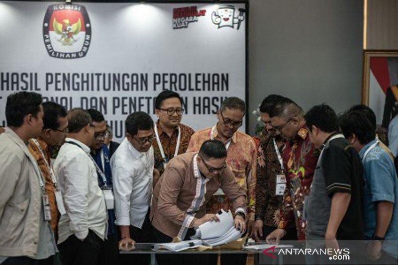 Rapat Pleno Rekapitulasi Tingkat Nasional Foto Page 1