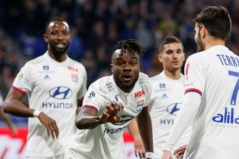 Lyon satu-satunya tim tiga besar yang menang di pekan pamungkas
