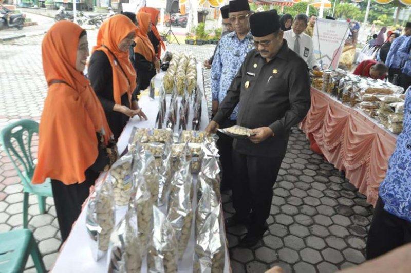 15 distributor berpartisipasi dalam bazar murah di Karimun