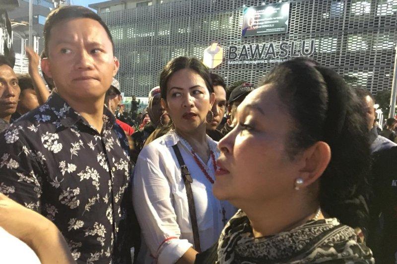 Titiek Soeharto tanggapi hasil Pilpres 2019