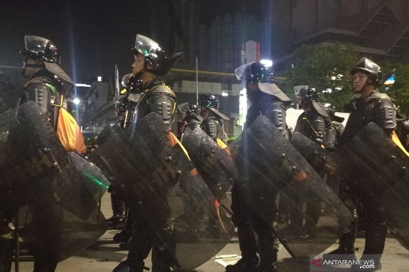 Lima peleton TNI Kodam Jaya dikerahkan di kawasan Gedung Bawaslu