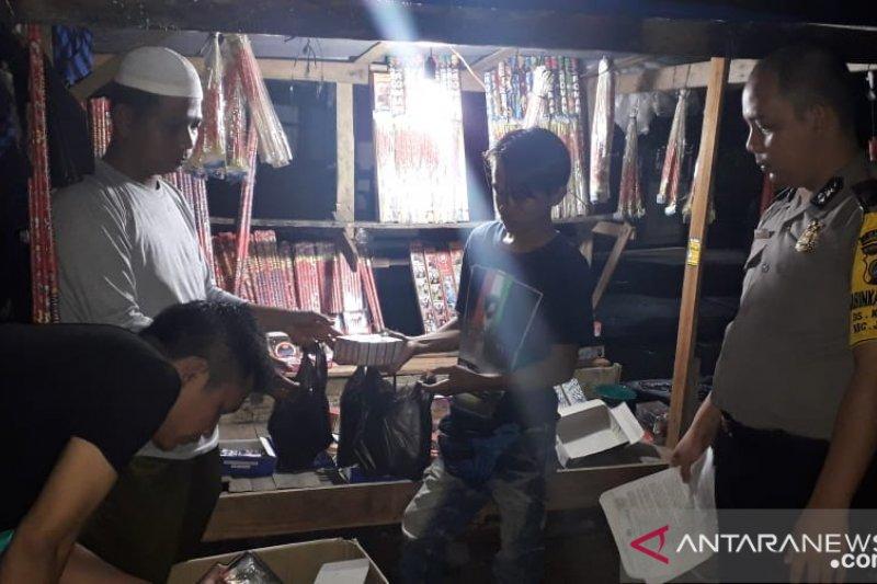 Polres Bangka Barat giatkan razia petasan