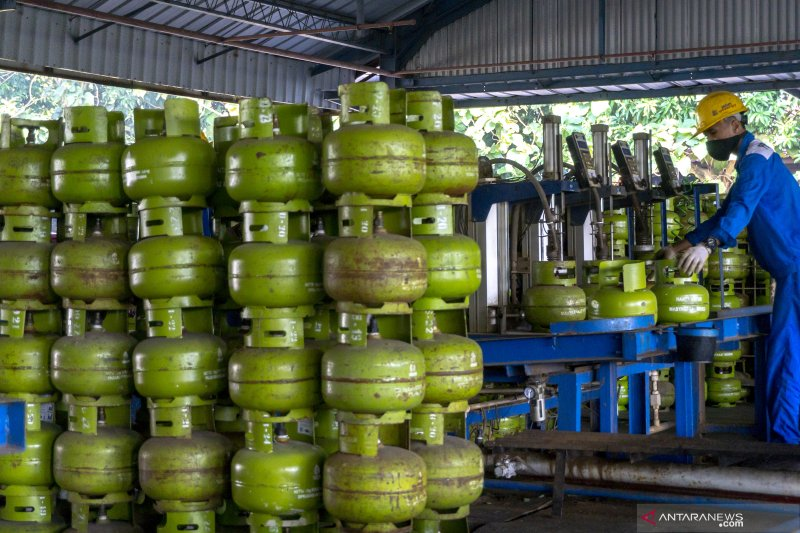 Perindag Kolaka gandeng distribusi gas lakukan operasi pasar