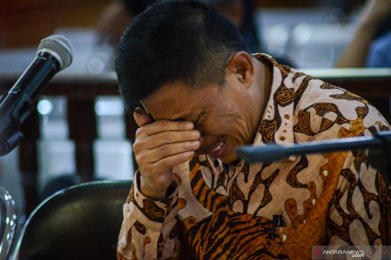 KPK panggil dua saksi kasus pidana cuci uang mantan Bupati Cirebon