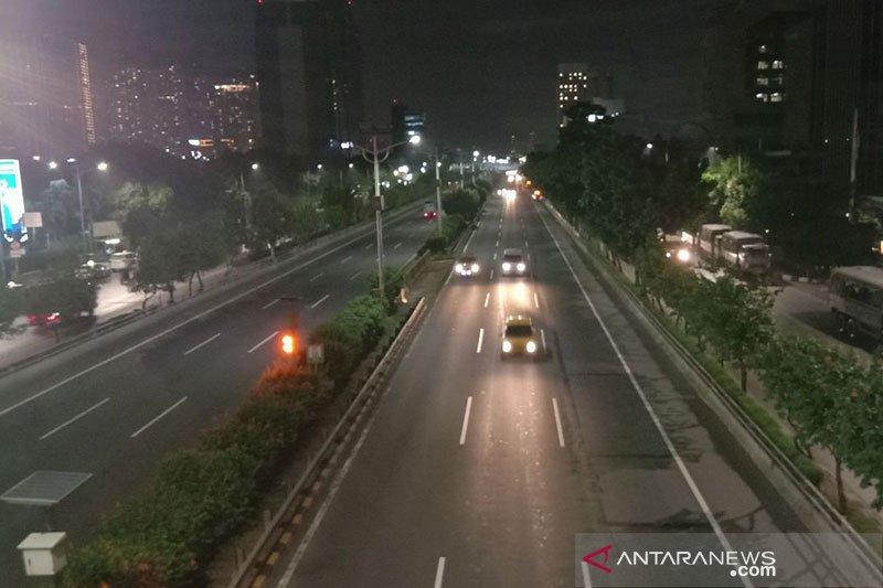 Sempat ditutup akibat ricuh di Slipi, Tol S Parman kembali beroperasi