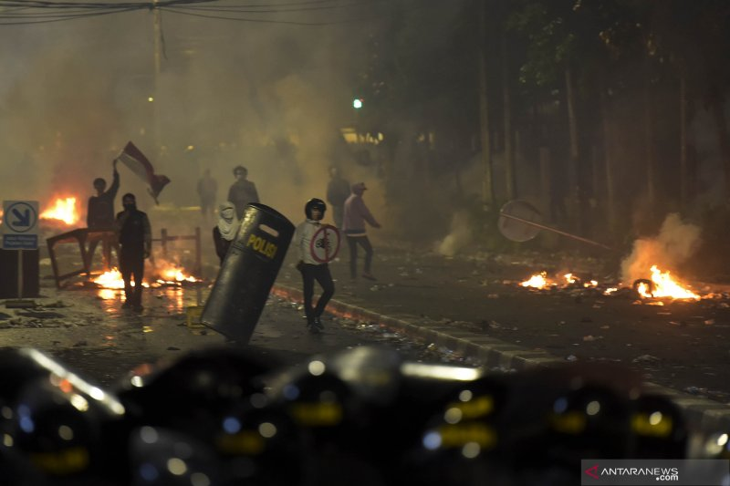 Kapolda Metro Jaya tindak tegas oknum yang anarkis