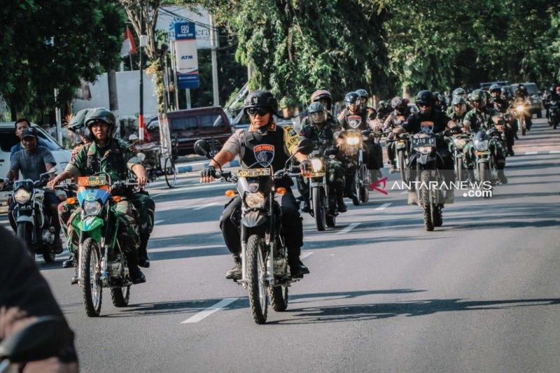 Polres Lumajang-Kodim 0821 patroli antisipasi kericuhan Jakarta