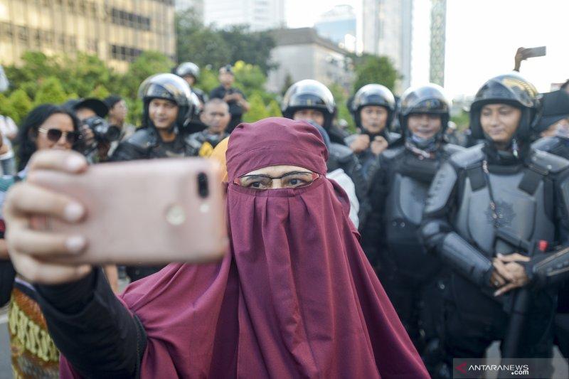 Aksi damai di Jalan MH Thamrin