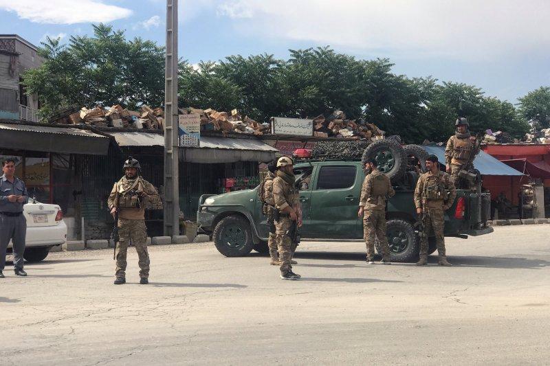 Bom guncang masjid di Afghanistan